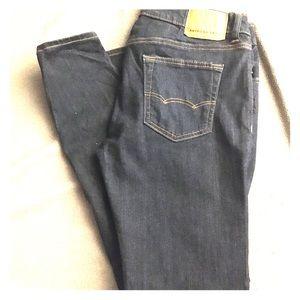 "American Eagle Flex Jeans Fit Skinny 33 x 32"" new"
